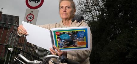 Boek met verkeersregels voor Nieuwe Nederlanders