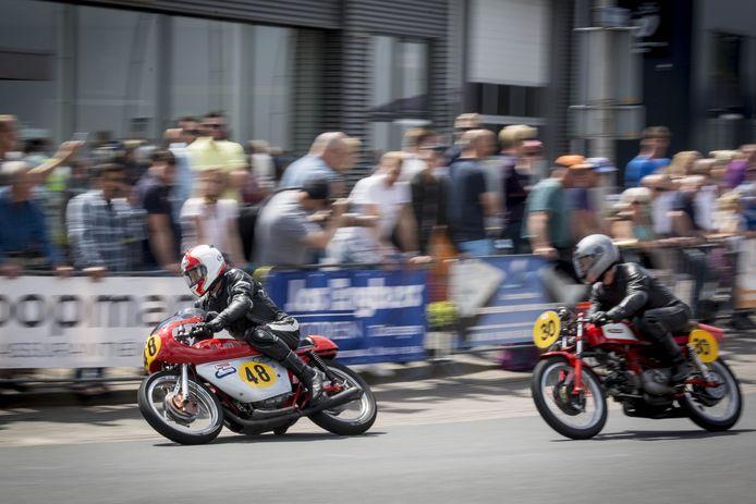 Vanwege corona zijn er dit jaar geen historische motorraces in Tubbergen.