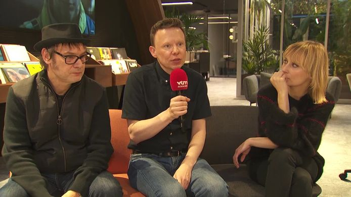 Hooverphonic stopt samenwerking met Luka en haalt Geike Arnaert terug aan boord.