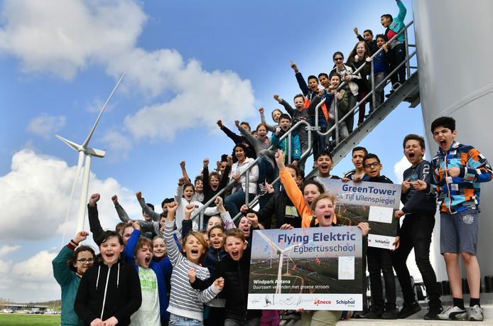 De molens heten voortaan Flying Elektric en GreenTower.