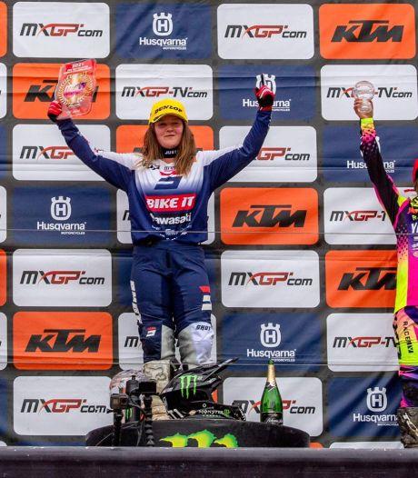 Shana van der Vlist knalt uit de startblokken met tweede plaats in WK motocross