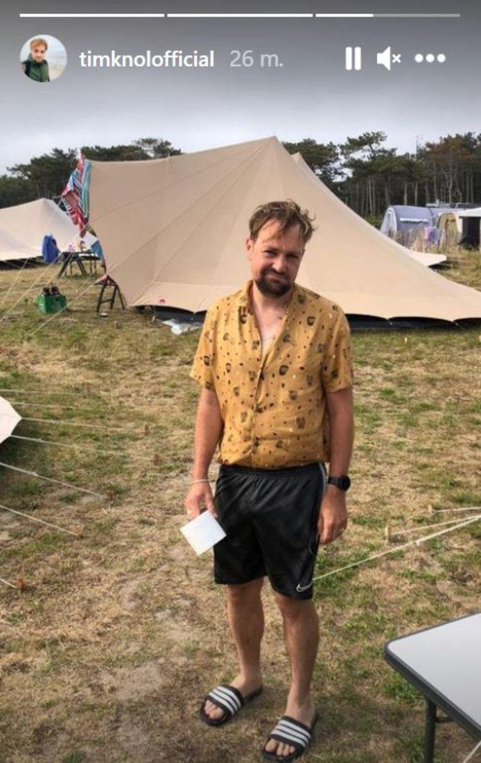 Tim Knol op zijn verregende kampeertrip.