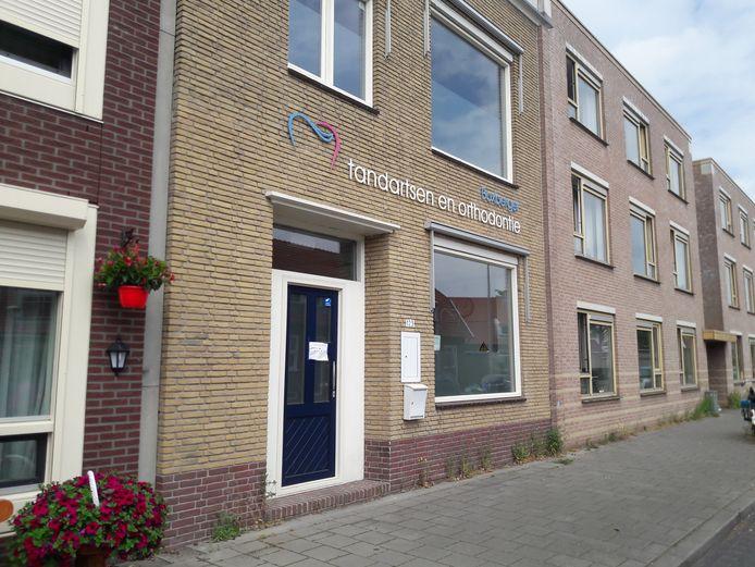 De tandartsenpraktijk aan de Boxbergerweg.