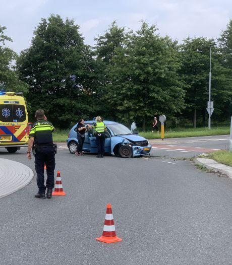 Twee gewonden bij eenzijdig ongeluk met lantaarnpaal in Doetinchem