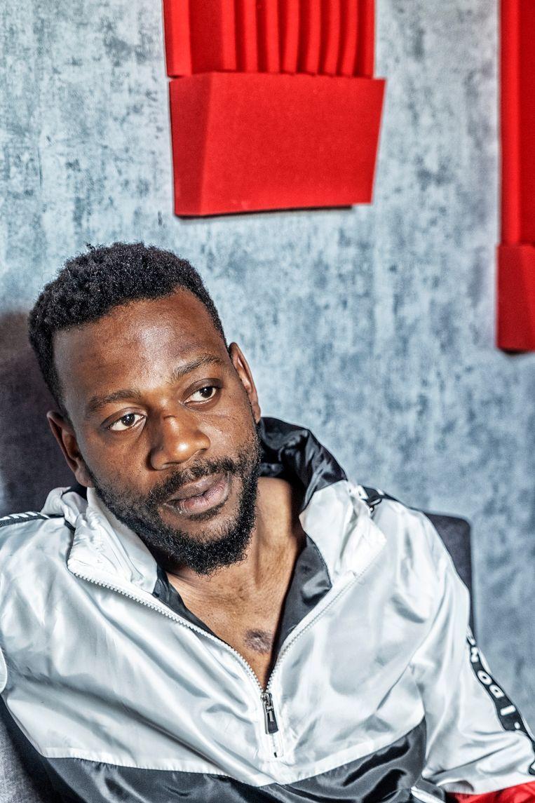 Emmanuel Oloriegbe: 'Ik was voor de agenten geen zwarte man, maar een zwart gevaar.' Beeld Tim Dirven