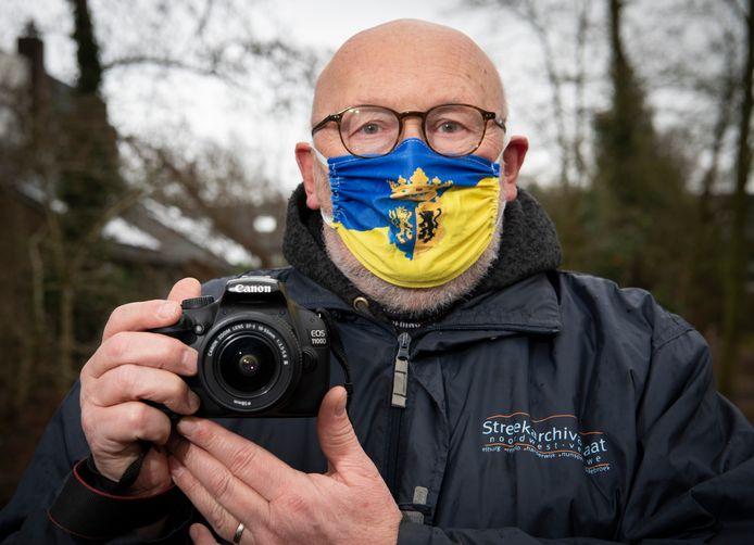 Hajo de Roo van het Streekarchivariaat Noordwest-Veluwe, hoopt de coronacrisis in deze regio voor de eeuwigheid in beeld te vatten. Hij roept iedereen op om foto's in te sturen.