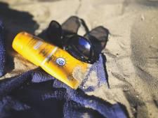 """Test Achats alerte sur la présence de """"substances douteuses"""" dans les crèmes solaires"""