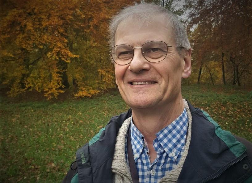 Ad Marijs, econoom, oud-docent aan Hogeschool Windesheim, deskundig op het gebied van economie en ethiek en auteur van boeken voor het hoger beroepsonderwijs.