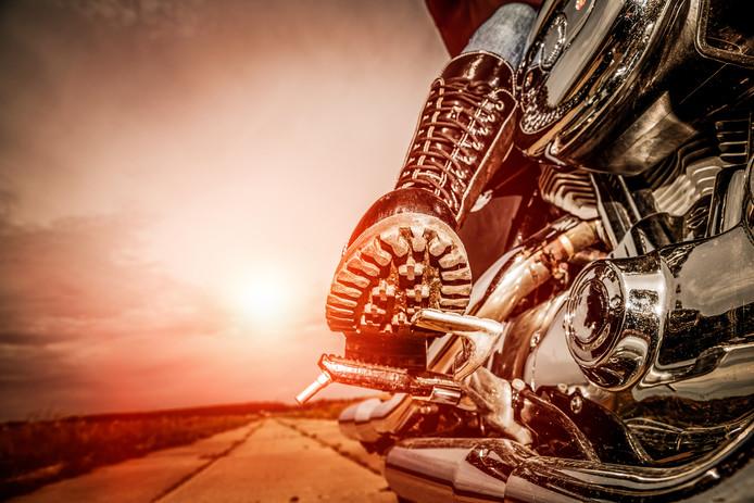 Motorrijders maken het bont op Goede Vrijdag.