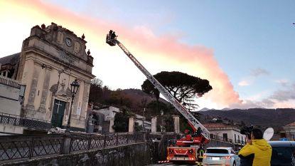 Bijna 400 mensen in noodopvang na aardbevingen rond Etna