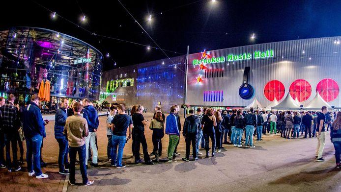 Nu nog de Heineken Music Hall, vanaf 1 januari volgend jaar heet de concertzaal aan de Arena Boulevard AFAS Live.