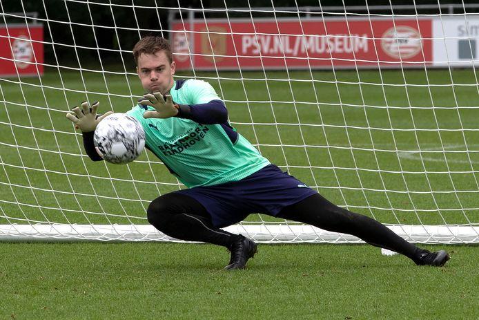 Momenteel traint Youri Roulaux mee bij PSV.