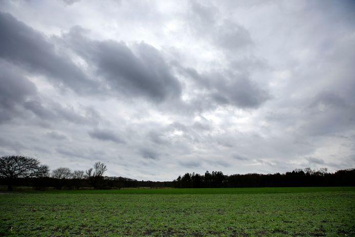 Waar straks het landgoed moet verrijzen ligt nu alleen nog akkergrond.