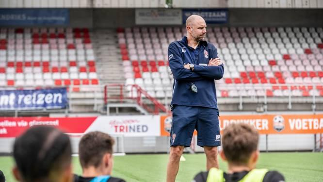 TOP Oss-trainer Peeters: 'Zal moeten ontdekken waar de sterke en zwakke punten liggen, ook van mijn team'