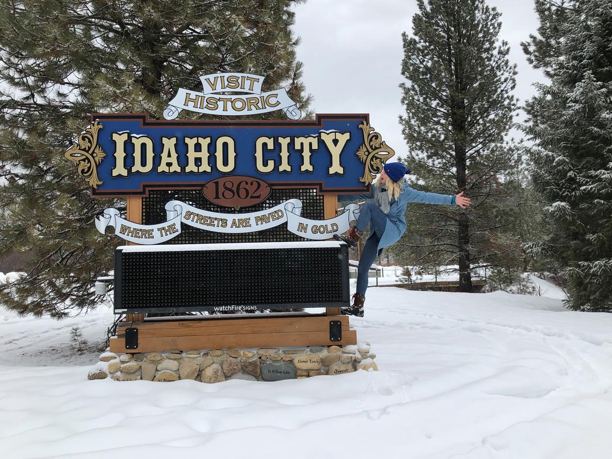 Marieke de man uit Herwijnen is in het plaatsje Idaho City.