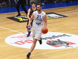 """Nikola Popovic vecht met Okapi Aalst terug uit verloren positie: """"Goed voor het vertrouwen"""""""