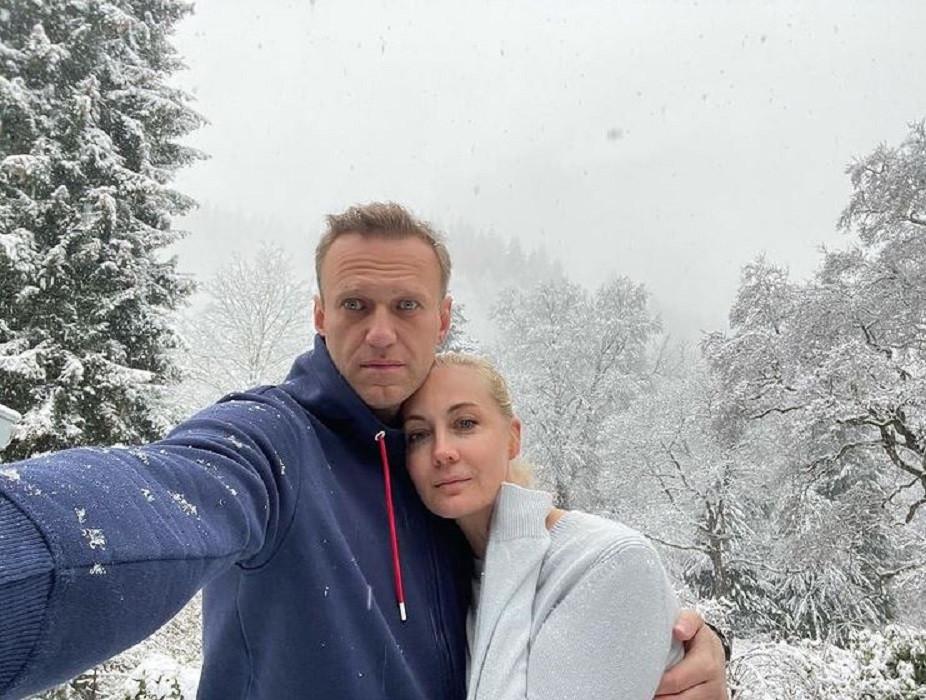 Aleksej Navalny met zijn vrouw Julia.