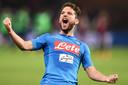 Dries Mertens juicht na zijn hattrick tegen Genoa.
