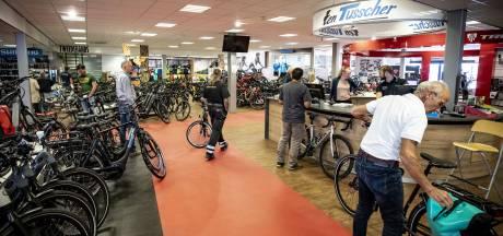 Nieuwe concurrent Enschedese fietsenhandelaren mag voorlopig de deuren openen