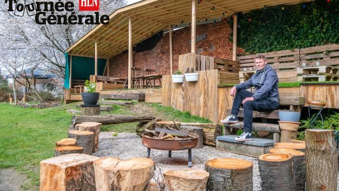 """Café De Stoomtram pakt uit met origineel terras: """"Elke lockdown wat verder aan gebouwd"""""""
