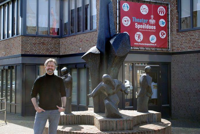 Theaterdirecteur a.i. Bart van de Laak wil inwoners betrekken bij nieuwbouwplan.