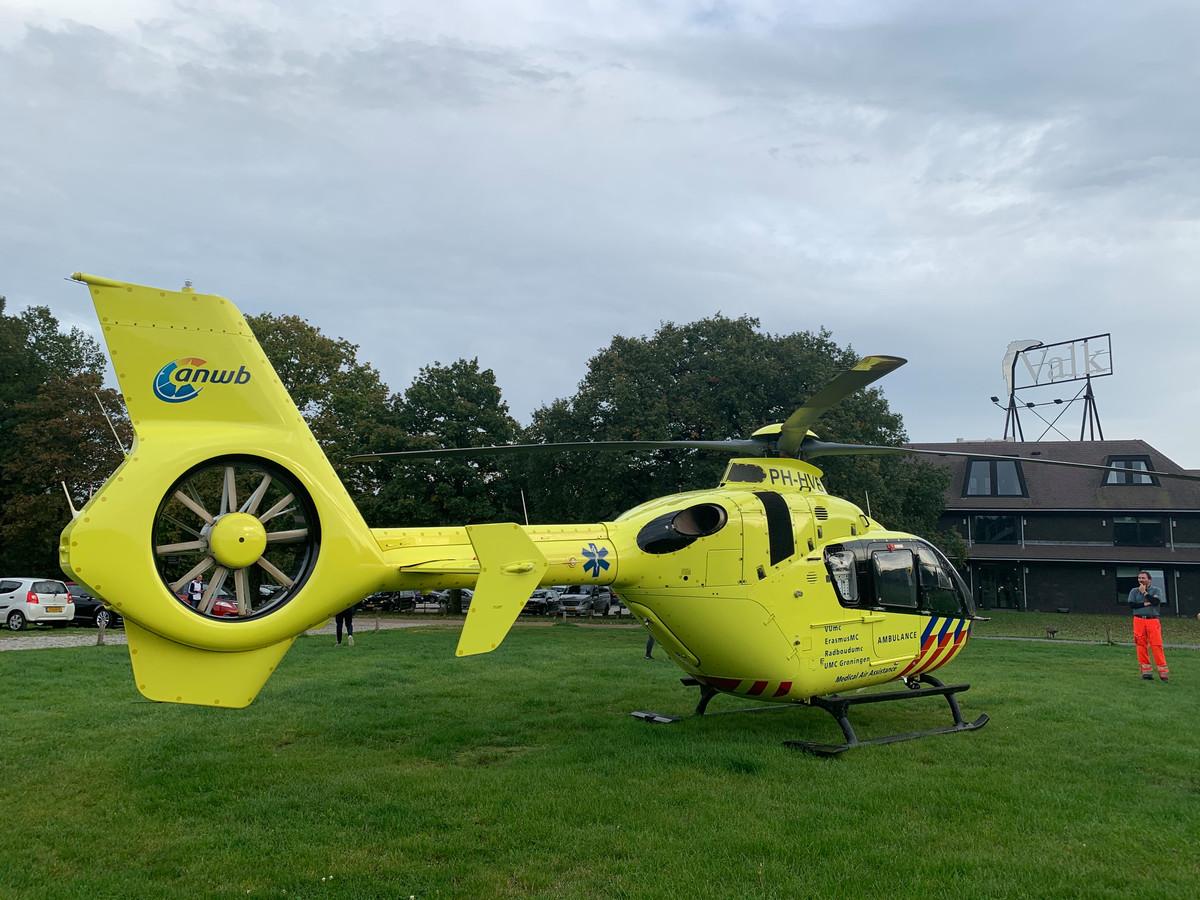 De traumahelikopter bij hotel de Cantharel in Ugchelen.