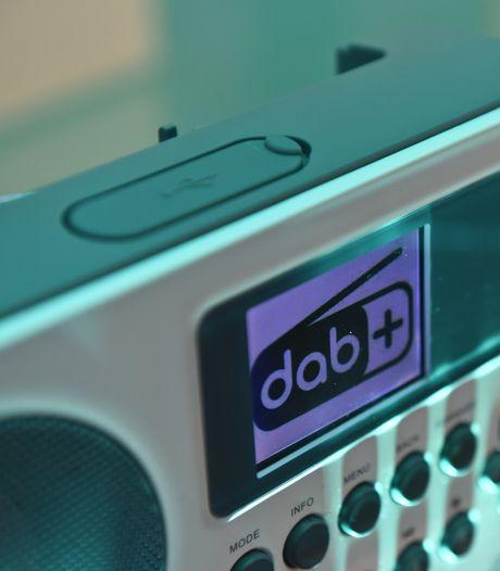 Vernieuwend of nu al achterhaald? DAB+ radio breekt eindelijk door, al 1 op de 4 mensen luistert