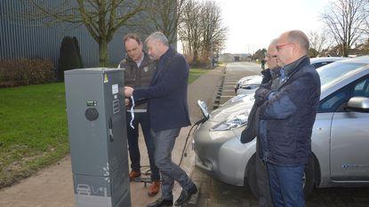 Eerste laadpaal voor elektrische wagens