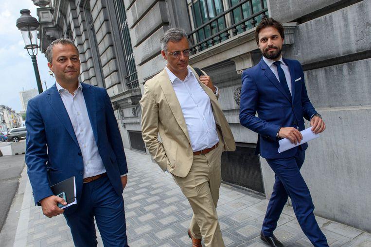 Open Vld-voorzitter Egbert Lachaert (l.), hier naast CD&V-voorzitter Joachim Coens en MR-voorzitter Georges-Louis Bouchez.