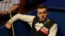 Titelfavoriet Mark Selby crasht in eerste ronde meteen uit het WK snooker