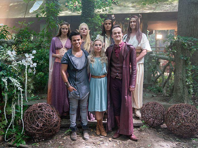 De cast van de tweede Nachtwacht-film 'Het Duistere Hart'. Beeld Stduio 100