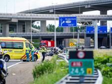 Motorrijder komt om het leven bij eenzijdig ongeluk op de A16