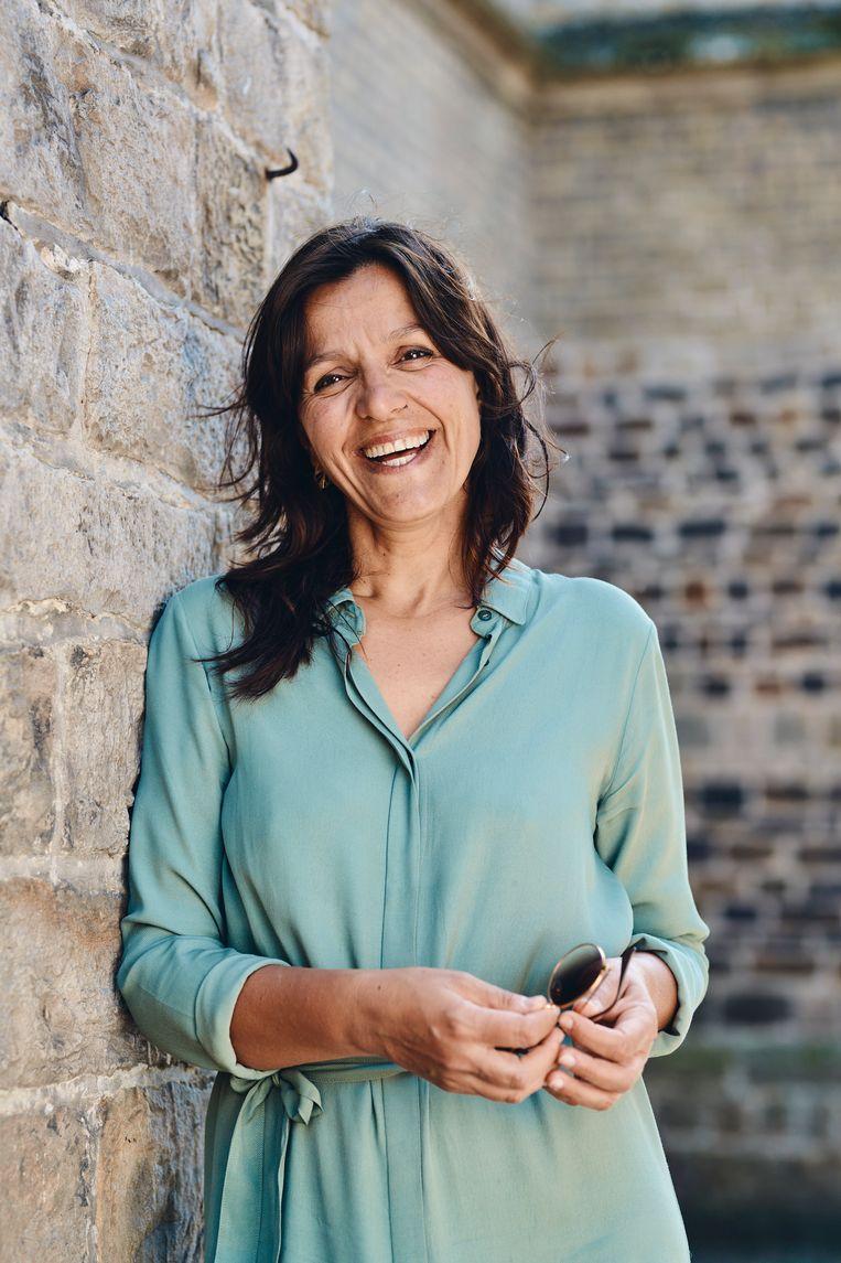 Stephanie De Maesschalck over het vluchtelingenkamp in Duinkerke: 'Dat zijn situaties zoals in Lesbos, maar op luttele afstand van België. Hygiëne en social distancing zijn er een illusie.' Beeld Thomas Nolf