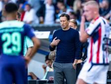 PSV zit in de put: het Ajax dat vorige maand aan flarden werd geschoten, lijkt mijlenver uit zicht