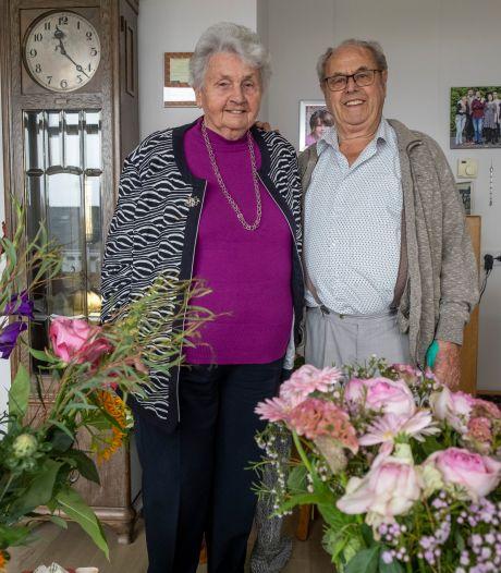 Bram en Bep gaan na 65 jaar nog voor elkaar door de knieën