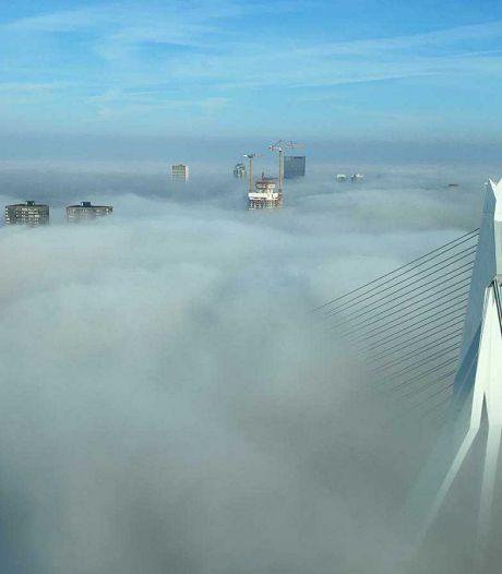 Gemist? Rotterdamse skyline in dikke mistdeken en metamorfose voor Poortgebouw