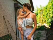 """Alexandra de """"Koh-Lanta"""" annonce une mauvaise nouvelle: sa fille Lana est à l'hôpital"""