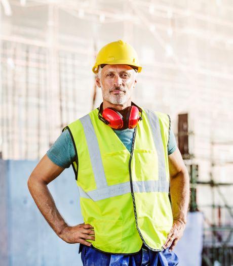 Nieuwe regeling voor Twentse bouwvakkers: nog geen 67, wel met pensioen