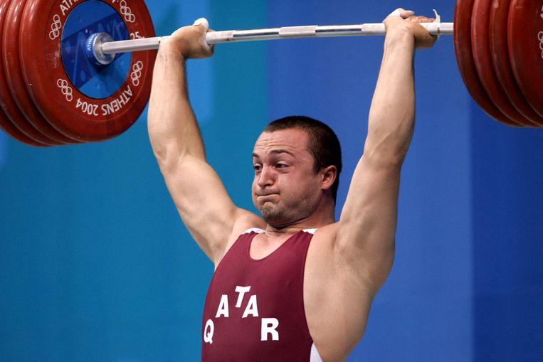 Sportsucces is te koop, weten ze in Qatar sinds ze de Bulgaarse gewichtheffer Angel Popov lokten en die in Sydney als Said Saif Asaad brons won. Beeld AFP