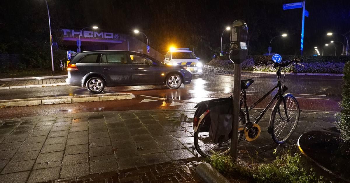 Fietsster gewond bij aanrijding op rotonde Noorderplein in Deventer.