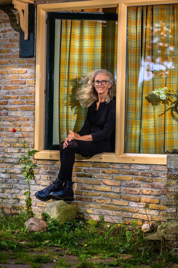 """Henriëtte Hemmink: """"Ik heb een mooie jeugd gehad in Nijverdal""""."""