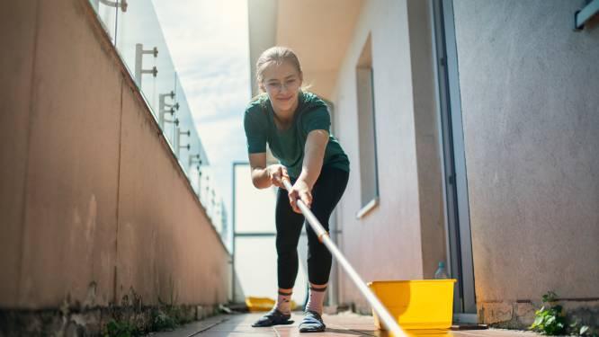 'Met kunststof tegels op het balkon, hoef je bijna niet meer te poetsen'