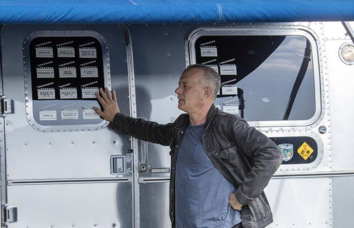 Le etichette sull'esterno mostrano la produzione di film utilizzati da Tom Hanks.