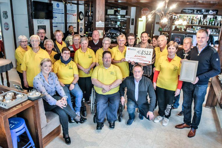 De 15e editie van de wortelkaarting leverde 8.522 euro op voor Somival, een vzw die zich inzet voor sport en ontspanning voor mensen met een beperking.