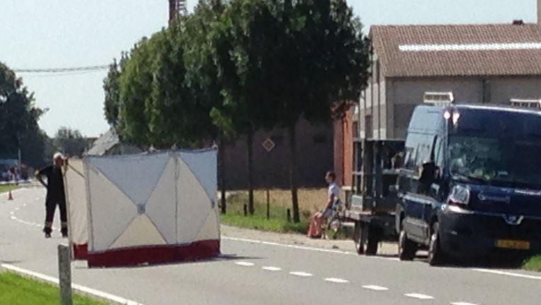 Op de Nieuwpoortsesteenweg in Gistel kwam een 81-jarige fietser om het leven.