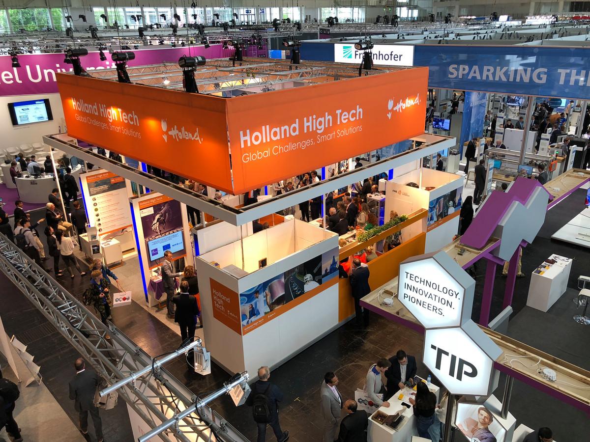 Een deel van de Holland High Tech stand in een van de hallen van de Hannover Messe.