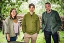Griet Langbeen, netmanagement VRT, Jesse Fabre, eindredacteur De Mensen en Tom Waes