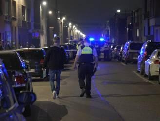 Molotovcocktail gegooid tegen gevel van woning in Tweemontstraat