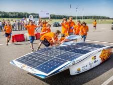 Nuon Solar Team toont nieuwe auto