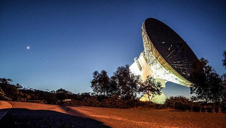 De grondantenne van het Europees Ruimtevaartbureau ESA in het Australische New Norcia ontving een ruimtesignaal van 1,44 miljard kilometer ver. Beeld esa.net